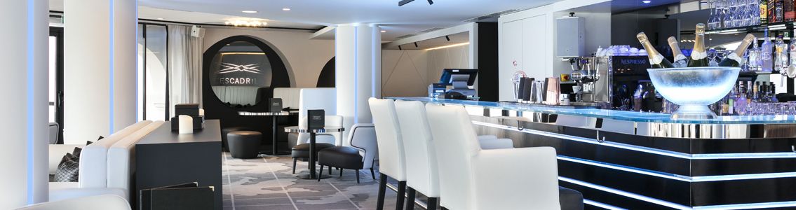 Bar de l 39 escadrille fouquet 39 s enghien for Fouquet s enghien